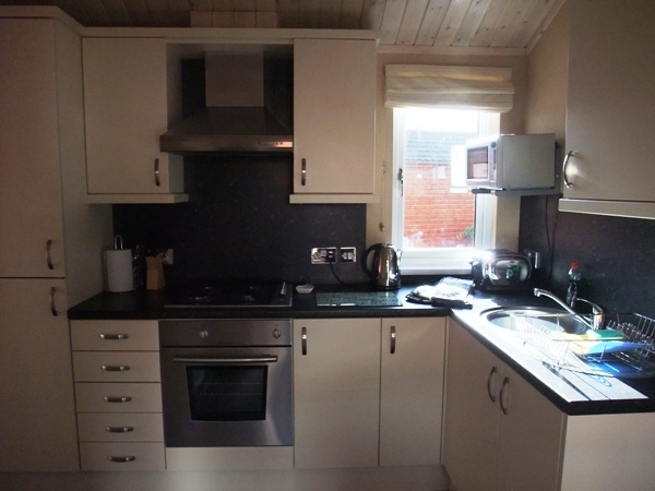 Kitchen - Fellside Cabin - Windermere